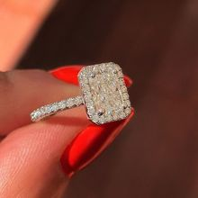 Huitan Traditional Wedding Finger Ring Luxury Solitaire Square CZ Stone Prong Setting Jewelry Band Wholesale Lots&Bulk