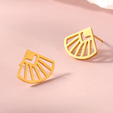 цены Fan Earrings Women Accessories Fan Shaped Jewelry Vintage Camber Fan Gold Earring Big Sliver Earrings for Women Long Earring