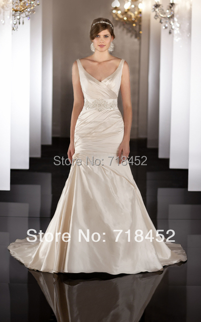2014 Mexican Wedding Dresses Backless Bridal Gown Backless Spaghetti