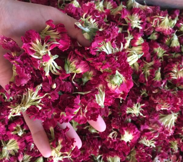 New arrived 100% natural Dried Yunnan carnation flower wedding and party decoration biodegradable flowers petal confetti