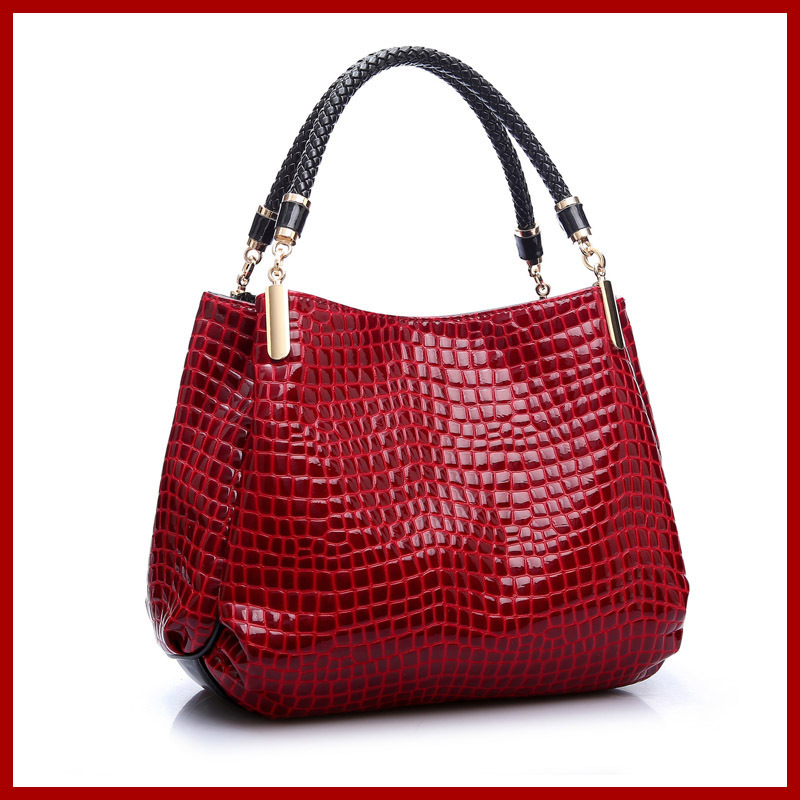 BIG promotion! NEW high-grade crocodile bolsas,patent leather ladies single shoulder bag women messenger bags handbags,3color yuanyu new 2017 new hot free shipping crocodile women handbag single shoulder bag thailand crocodile leather bag shell package
