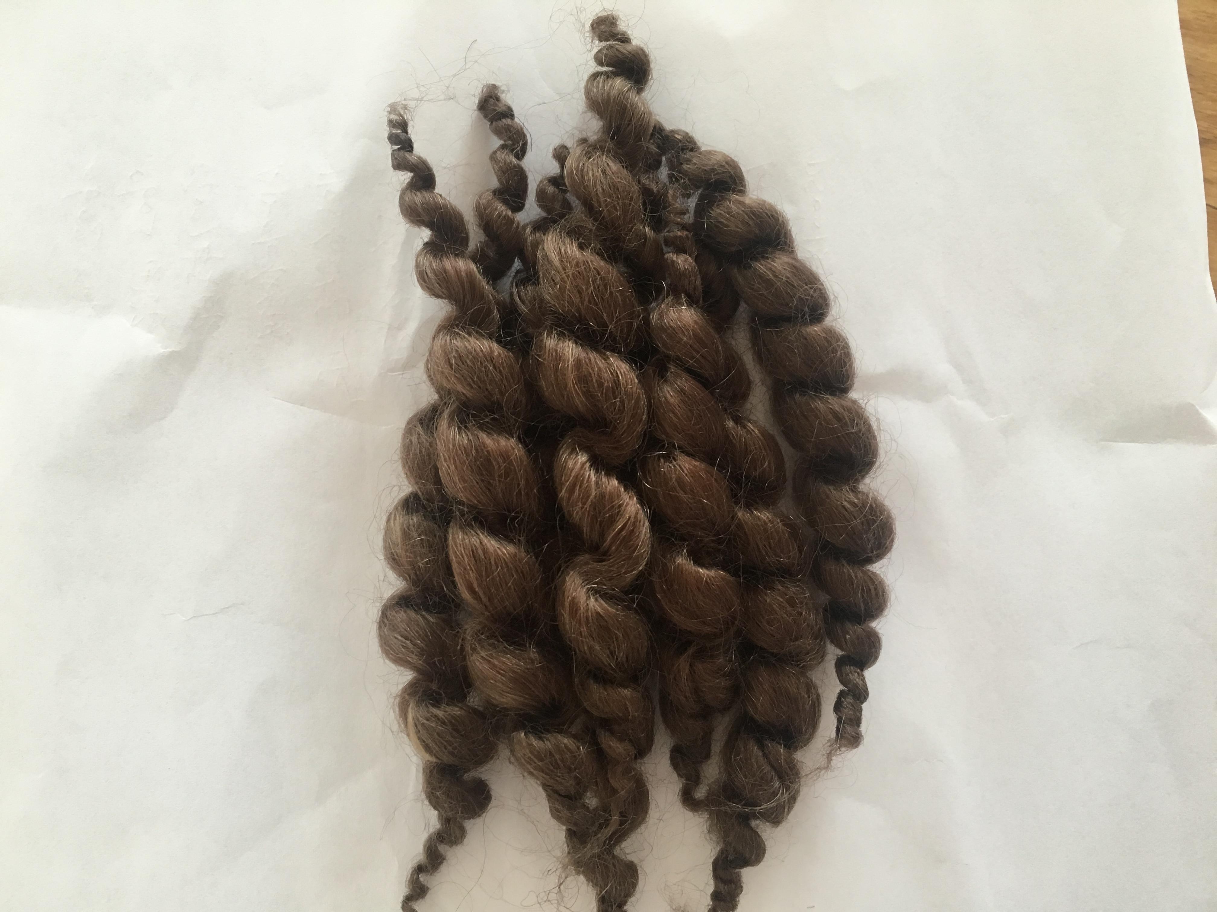 Doll Hair Curly Dark Brown Mohair Hair Like Real Human Hair Wig for Reborn Doll Kits 11cm 8 Stripes 20g