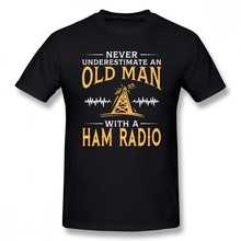 Never Underestimate An Old Man With A Ham Radio Men T Shirt Random Big Size Cotton Short Sleeve Mens T Shirts Fashion 2018(China)