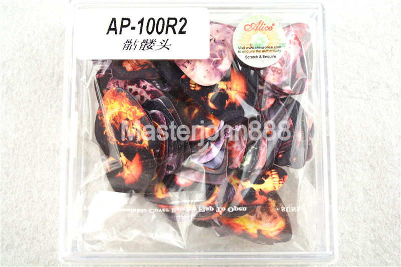100pcs Alice Skull Printed Both Sides Celluloid Electric/Acoustic Guitar Picks 0.46/0.71/0.81mm Plastic Box