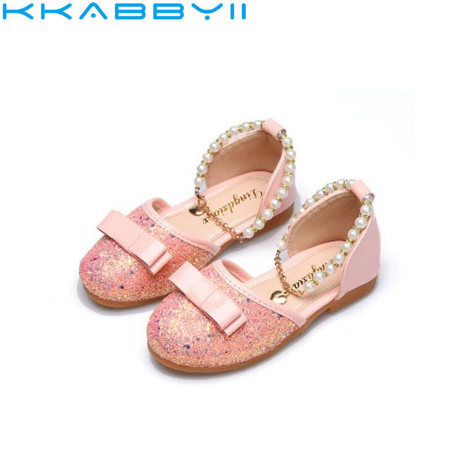 Girls Shoes Children Princess Glitter Sandals Kids Girls Soft Shoes Sequins  Flat Dress Party Shoe Pink Black White be76268ea208