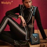 Зимние черные из двух частей с длинными рукавами v образным вырезом блейзер с заклепками и брюки с высокой талией повседневная женская кост