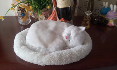 simulation breathing cat model 25x20cm pure white sleeping cat with mat lifelike,handicraft ,decoration gift t420 simulation cat white lifelike cat home decoration gift 32x15x20cm