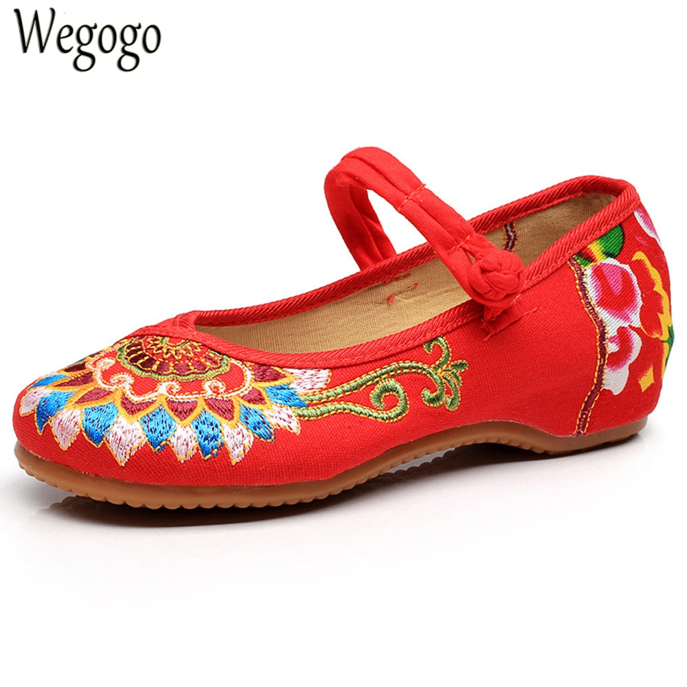 Wegogo Women Cloth Shoes Flats Chinese Style Totem Flats Mary Janes Embroidery Casual Shoes  Red+Black Dance Women Shoes крем declare luxury anti wrinkle cream объем 50 мл