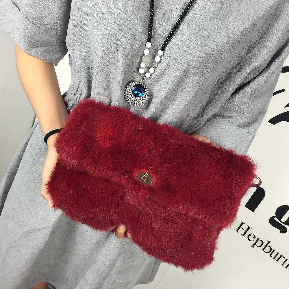 Фотография Autumn and winter new dinner package Popular hand caught women bag 23141