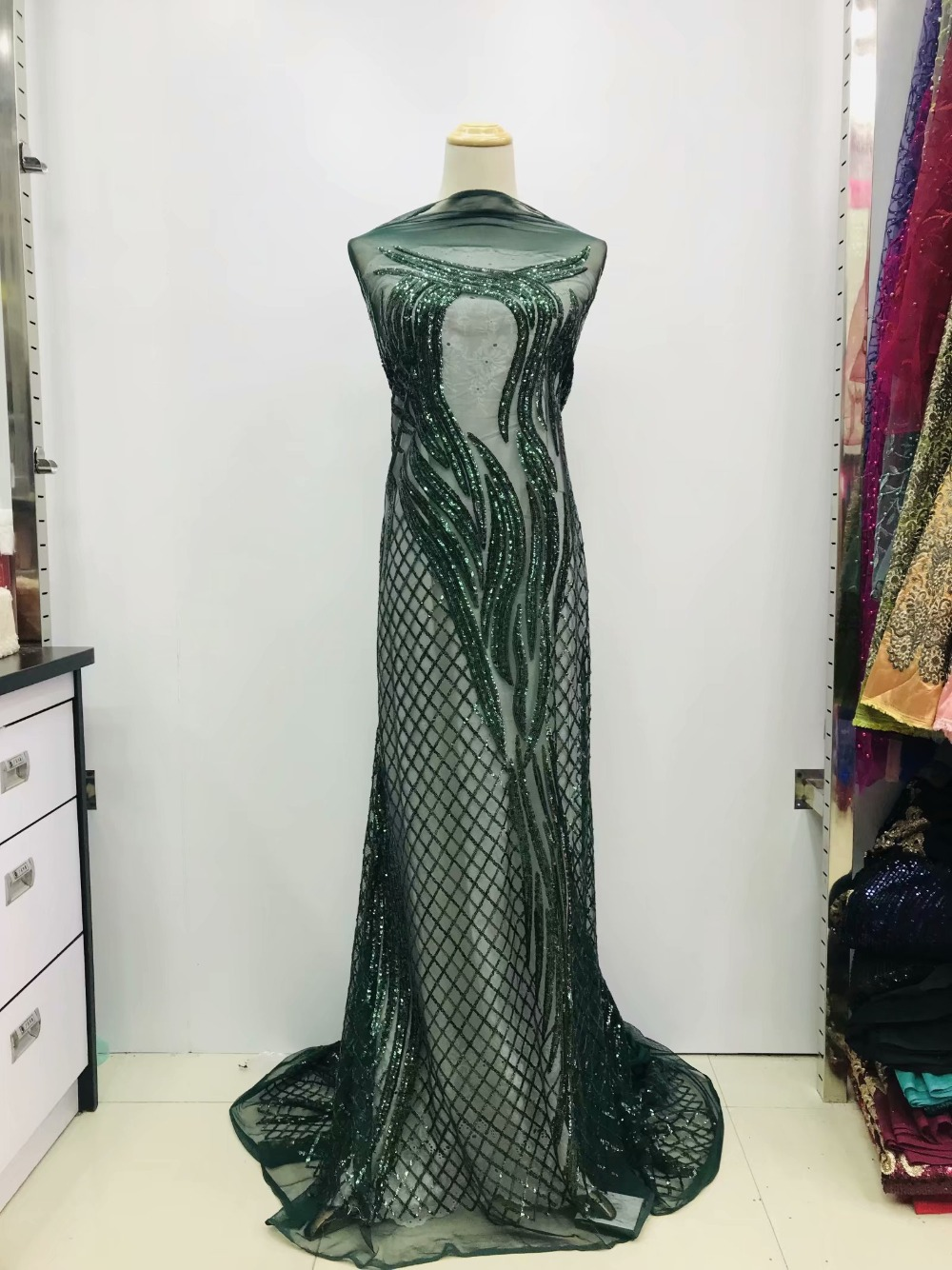Emerald green African Lace Fabric 2019 High Quality African Tulle Lace Fabric With nice Sequins French