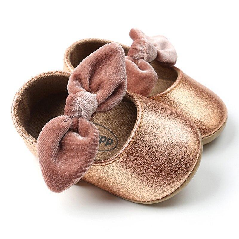 Bébé bébé chaussures mocassins nouveau-né filles chaussons pour nouveau-né bébés chaussures en cuir Prewalkers première marche