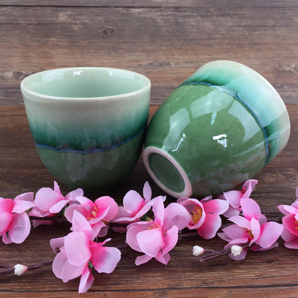Cute Ceramics a cup for tea, green bone porcelain tea cups,mini Capacity 200ml christmas decorations for home Novelty Gifts
