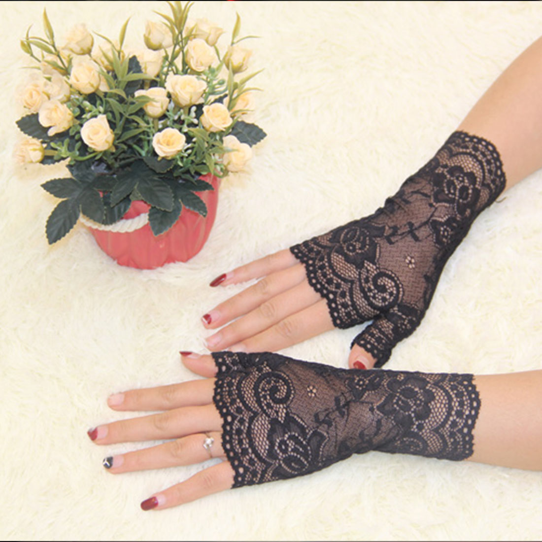 Driving gloves knitting pattern - 2016 Spring And Summer Women S Semi Finger Gloves Lady S Anti Uv Lace Gloves Female