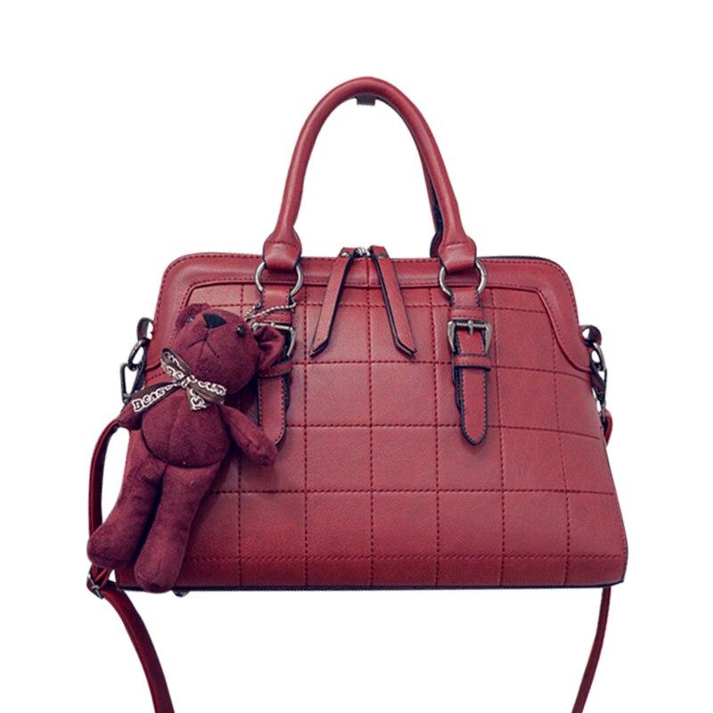 2016 Small Autumn Shell Bag Fashion Embroidery Shoulder Bag New Women Messenger Bag Hot Sale Messenger