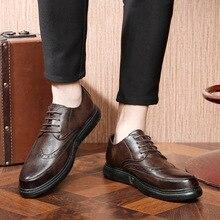 Buty meskie/Мужские модельные туфли; zapatos de hombre; Мужские Винтажные повседневные туфли с гравировкой; Мужская обувь; chaussure homme155