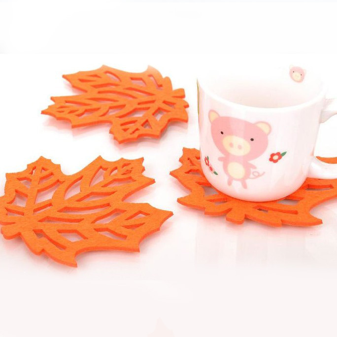 12*12cm Fashion Orange Maple Leaf Felt Cloth Cup Pad Mat Promotional Drink Coaster Bar Decoration 50pcs/lot SH057