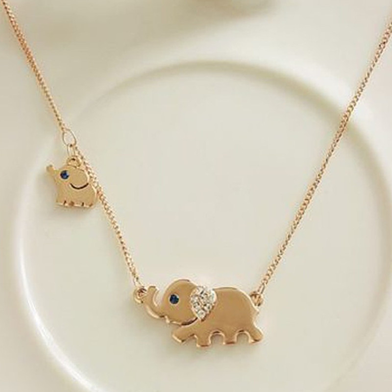 2017 new fashion cute elephant family stroll design fashion ladies charming crystal chain necklace ker necklace