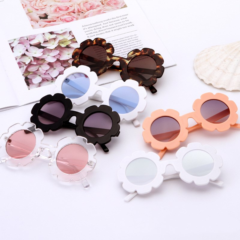 8f1f23c1e603 MINIMUM 2018 fashion Sun Flower Round Cute kids sunglasses UV400 girl  Lovely baby glasses Children Safe ...