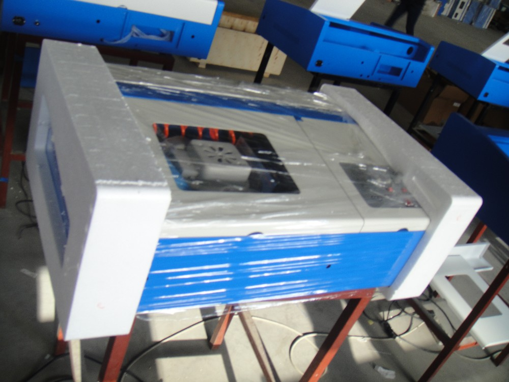 High Speed 3020M Square Rail CO2 Digital 40W Laser Engraving Machine , Laser Cnc Router Machine