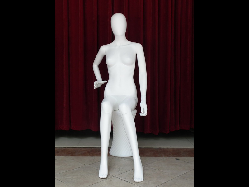 The Environmental protection materials ABS plastic sitting female EGGS HEAD BODY MODEL