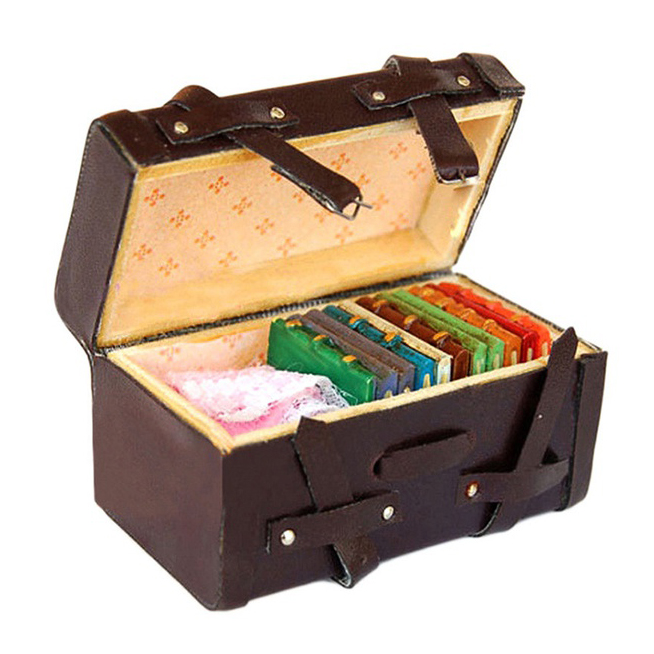 Classic Toys Pretend Play Furniture Toys Accessory 1:12 Doll house Miniature Vintage Leather Wood Suitcase Mini Luggage Box image
