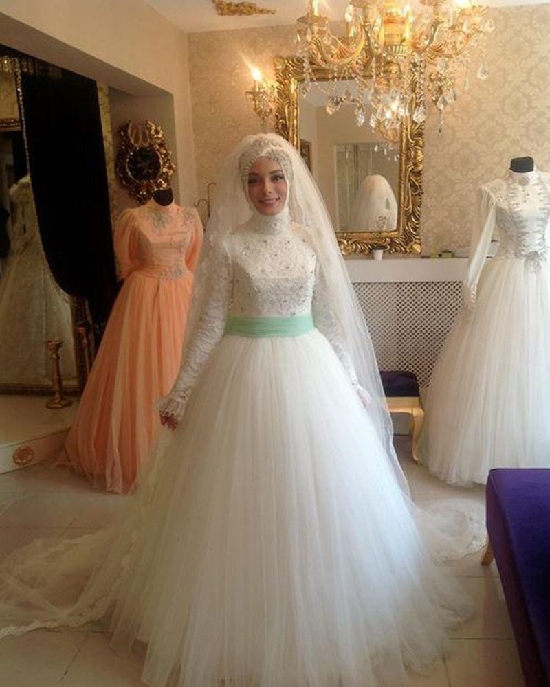 New White A Line Tulle Lace Hijab Muslim Wedding Dresses Applique ...