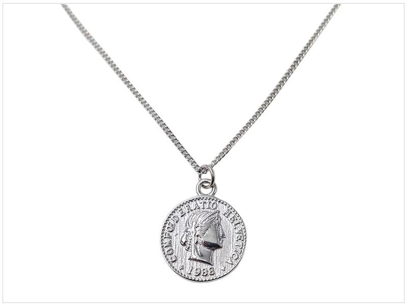 SRCOI Retro Gold Silver Color Portrait Round Alloy Coin Pendant Minimalist Figure Face Chain Choker Necklace Women Party Jewelry 3