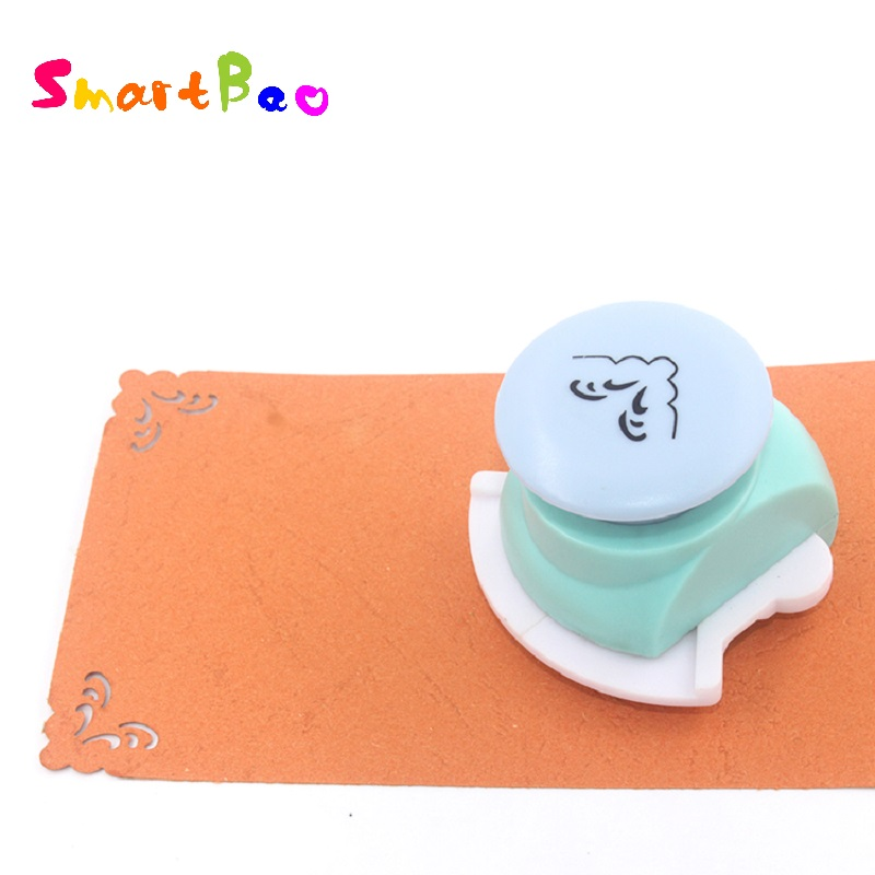 Corner Punch Printing Card Cutter Scrapbook Shaper Embossing Craft Punch for Scrapbook ; Pattern Width about: 2.4cm/0.94Corner Punch Printing Card Cutter Scrapbook Shaper Embossing Craft Punch for Scrapbook ; Pattern Width about: 2.4cm/0.94