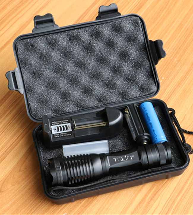 Super Bright  T6 18650 LED Flashlights Lanterna Adjustable Torch Zoomable Tactical Lamp+Charger+18650 Battey+Box For Camping