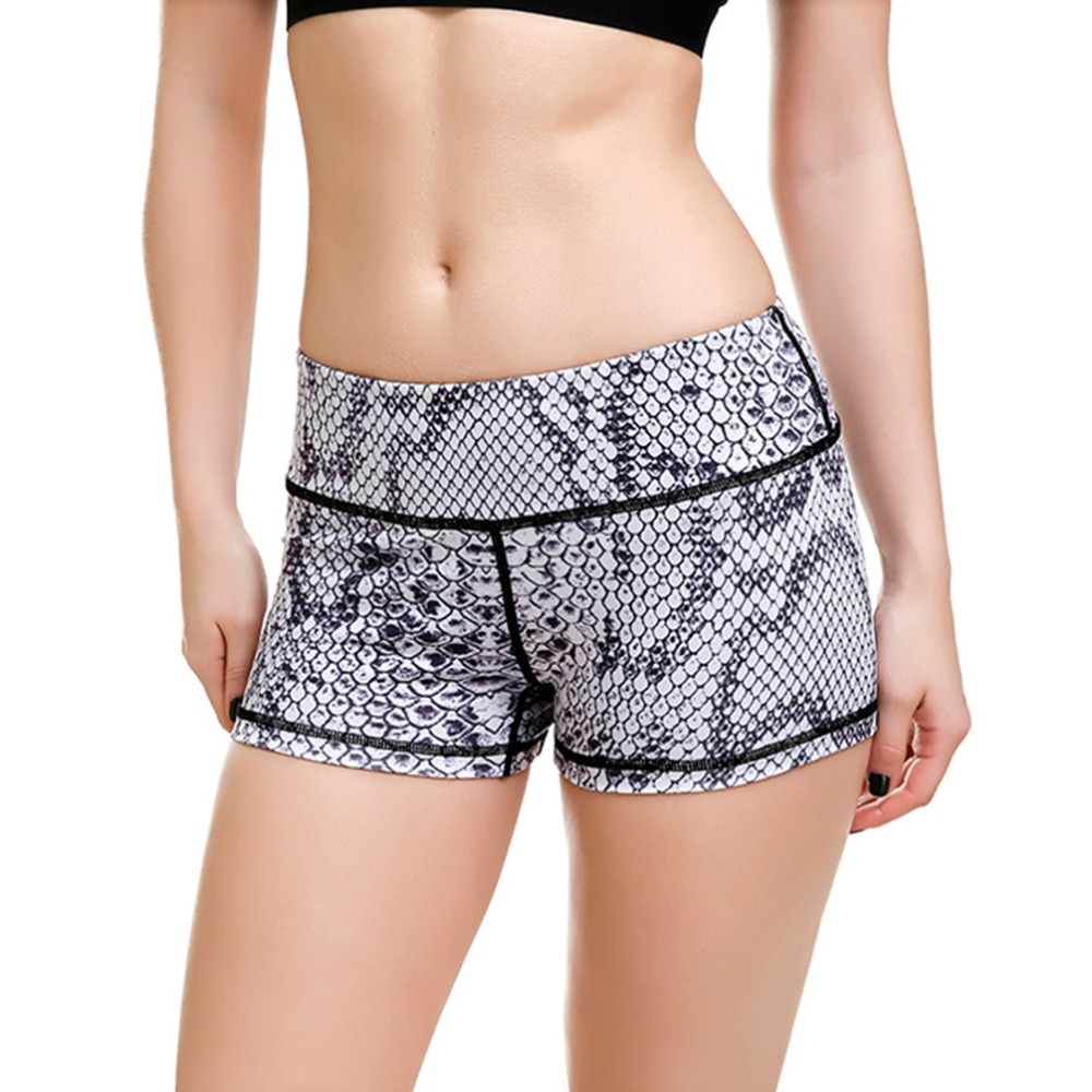 LOVE SPARK Big Size Outfit Yoga Shorts For Women S To 4xL Grey Serpentine 3D Print Girls Gym Dance Sport Shorts