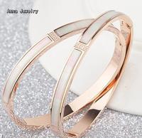 Een Meest Shiny Wit Shell Manchet Armband. Rvs Materiaal met 3 Steen in Midden. Fashion Vrouwen Manchet armband. Schip Met DOOS