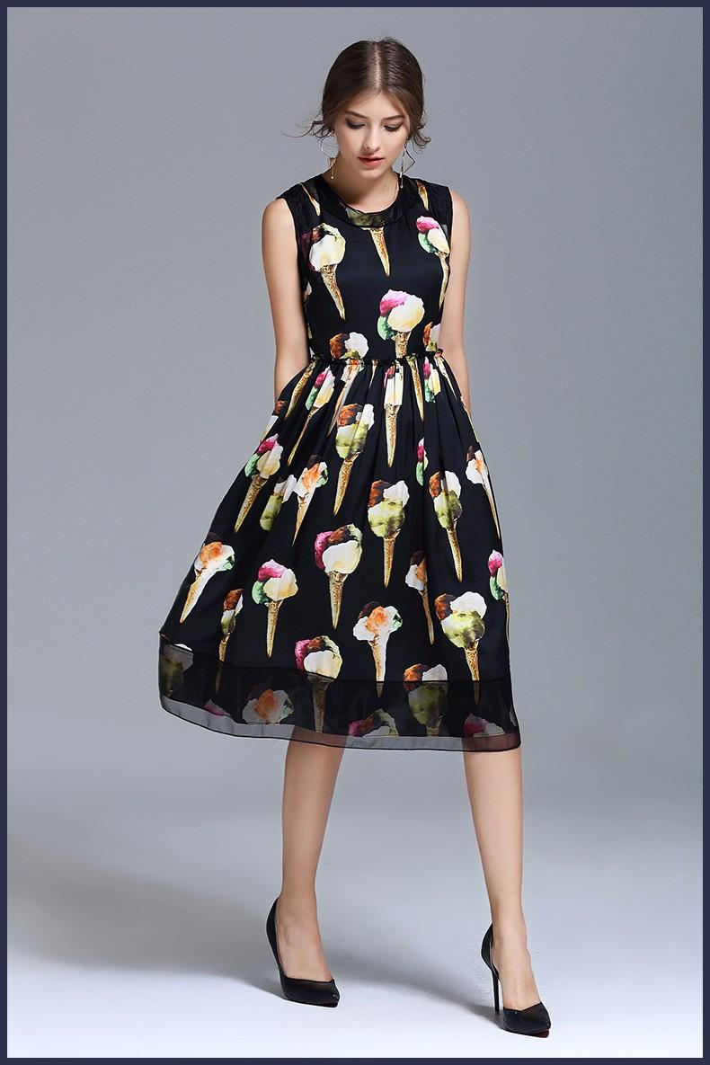 Шолковое платье чёрное . фото