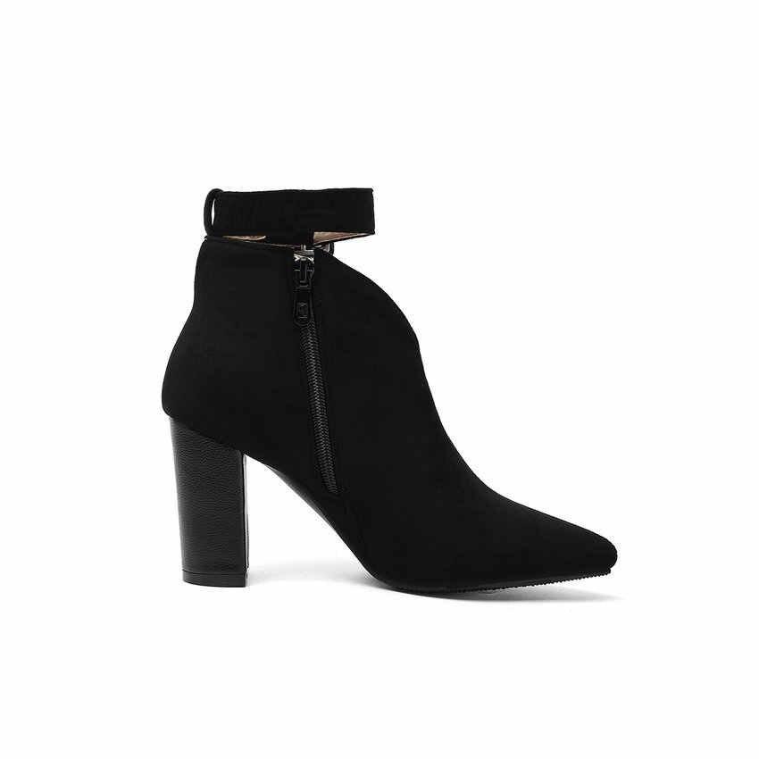 Qutaa 2020 rebanho fivela zíper tipo-v outono inverno feminino tornozelo botas moda apontou toe quadrado salto alto sapatos femininos Size34-43