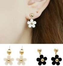 After the five-petal flowers small ball cute daisy flower pendant earrings jewelry fashion star free shipping