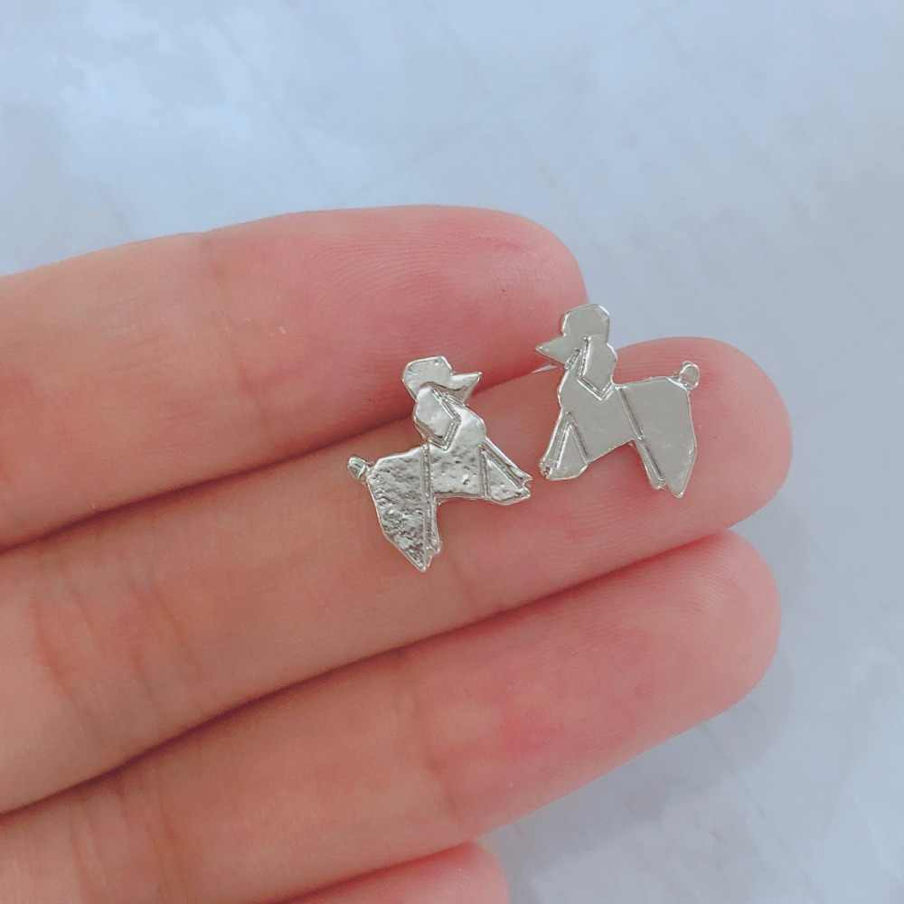 QIMING ทองน่ารัก Paw สุนัขต่างหูเด็กเครื่องประดับเด็กสัตว์เลี้ยงคนรัก Chihuahua Poodle Bulldog Charm Dropshipping สตั๊ดต่างหู