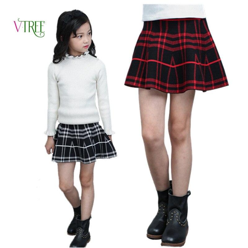 Девушки с хвостиками и мини юбках