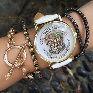 Dropship Brand HOGWARTS Magic School Watches Fashion Women Wristwatch Casual Luxury Quartz Watches Clocks Relogio Feminino Gift(China)