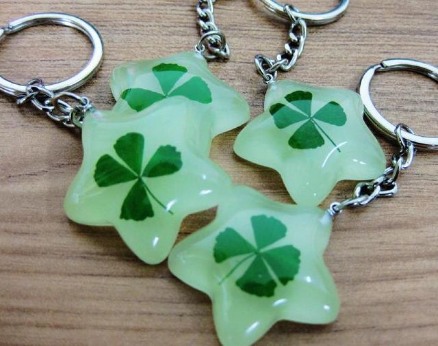 Aliexpress.com : Buy free shipping 20 pcs key ring real glow five ...
