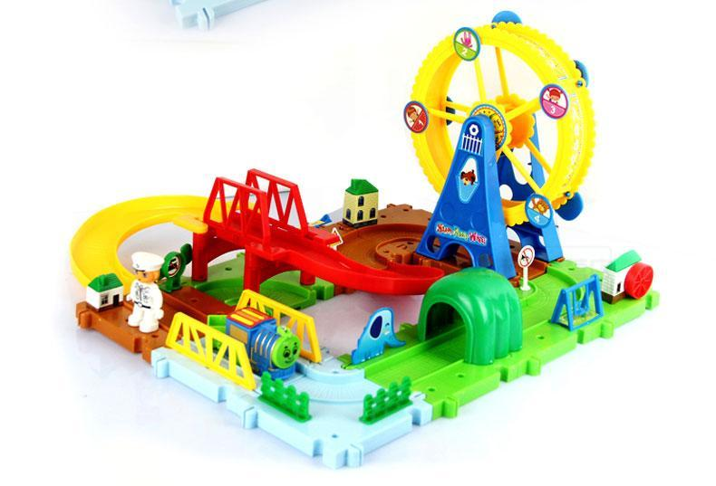 Diecasts Toy Vehicles Kids Toys Thomas train Toy Model Cars puzzle Building slot track Rail transit electric Thomas In Stock