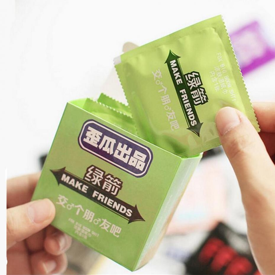 5pcs-pack-Cartoon-Funny-Condom-Shape-Wet-Wipe-Wet-Tissue-Clean-Skin-dating-Halloween-Entire-Toy (1)
