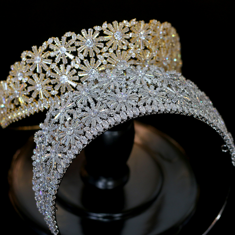 Alta calidad de oro/plata corona 3AAA CZ rhinestone princesa tiara boda cena accesorios para el cabello-in Joyería para el cabello from Joyería y accesorios    1