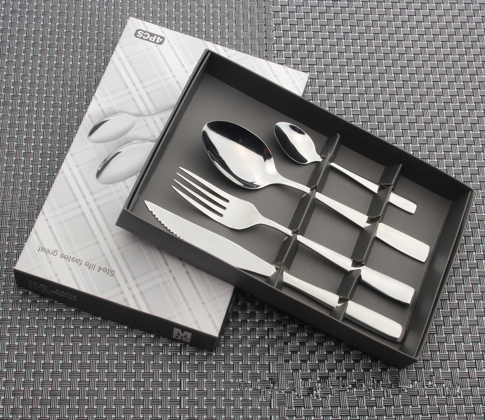 MARX 4pcs High Quality Stainless Steel Cutlery Set Mirro Tableware Dinner Set Fork Knife TeaSpoon Color Gift box Dinnerware Set