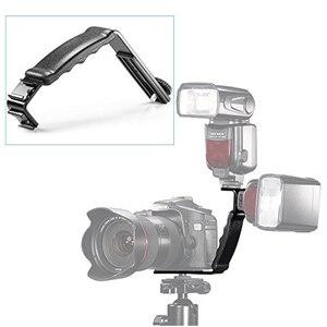 Image 4 - Kamera wspornik lampy błyskowej w kształcie litery L uchwyt uchwyt z 2 strony gorąca mocowania do butów dla lampa wideo Flash DSLR uchwyt na
