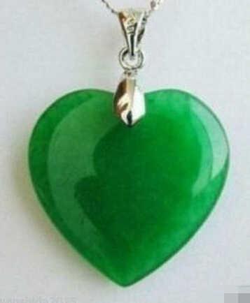 0034 3 pc Bonito Rare verde Natural Esculpida colar de pingente de sapo