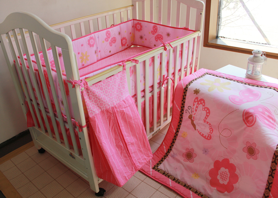Promotion! 5pcs embroidered baby crib bedding set cotton baby bumper,include(bumper+duvet+bed cover+bed skirt+diaper bag) promotion 5pcs embroidery baby cotton crib bedding set applique bed around include bumper duvet bed cover bed skirt diaper bag