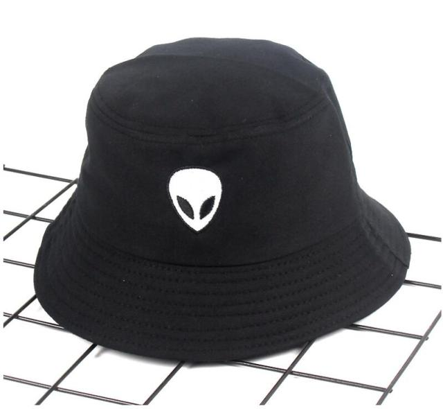 f18d99b6537345 קנו גברים ' s כובעים | 2018 black white solid Alien Bucket Hat ...