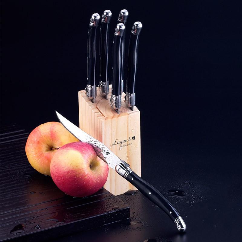 steak knives  (3)