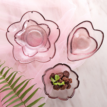 Japanese glass cuisine dish, heart and sakura design, crystal fine handicraft,the pursuit of quality.