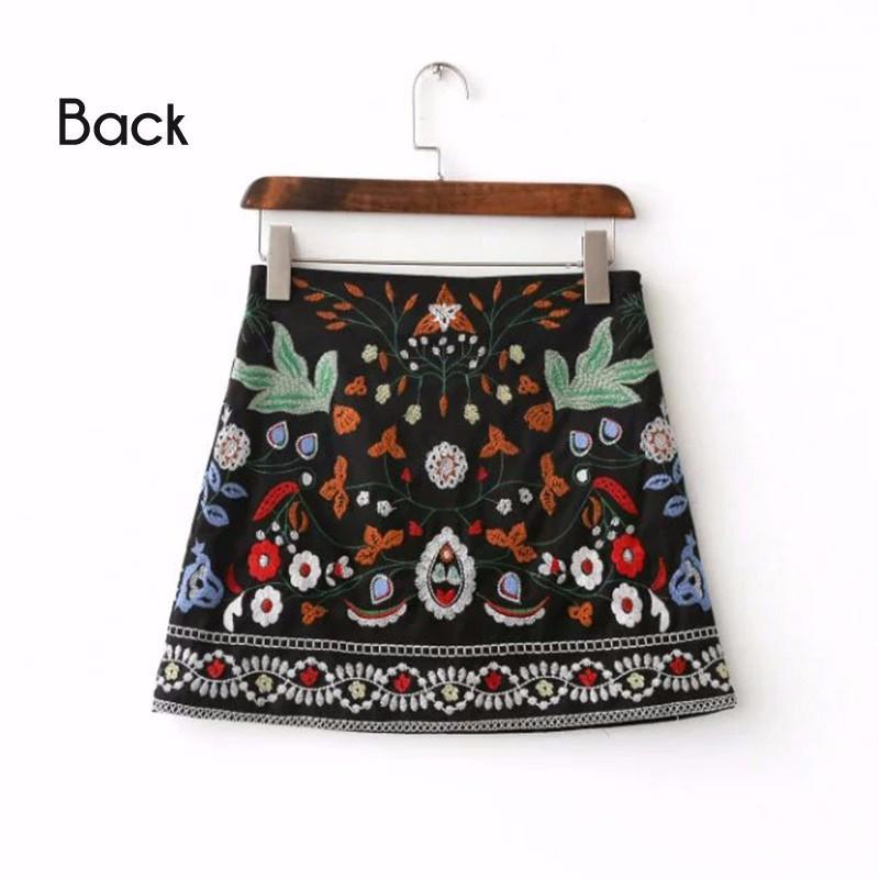 c13590bfe7b1 Short Black Embroidered Skirt Floral Vintage Totem Side Zipper ...