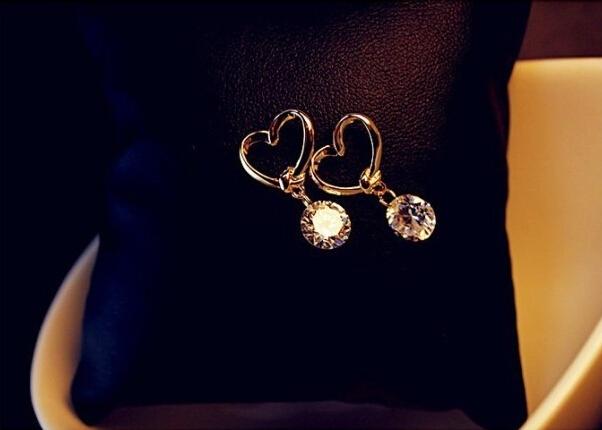 Fashion Hollow Zircon Earrings